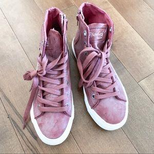 BLOWFISH Sneakers